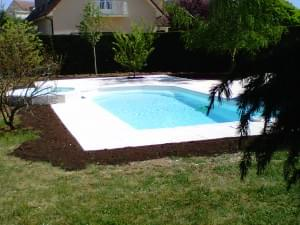 abords d'une piscine