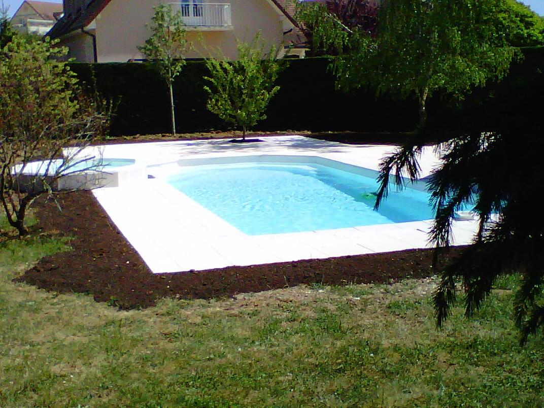 Terrassement piscine anjoubault tp dijon for Budget piscine