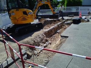creuser bordures trottoir